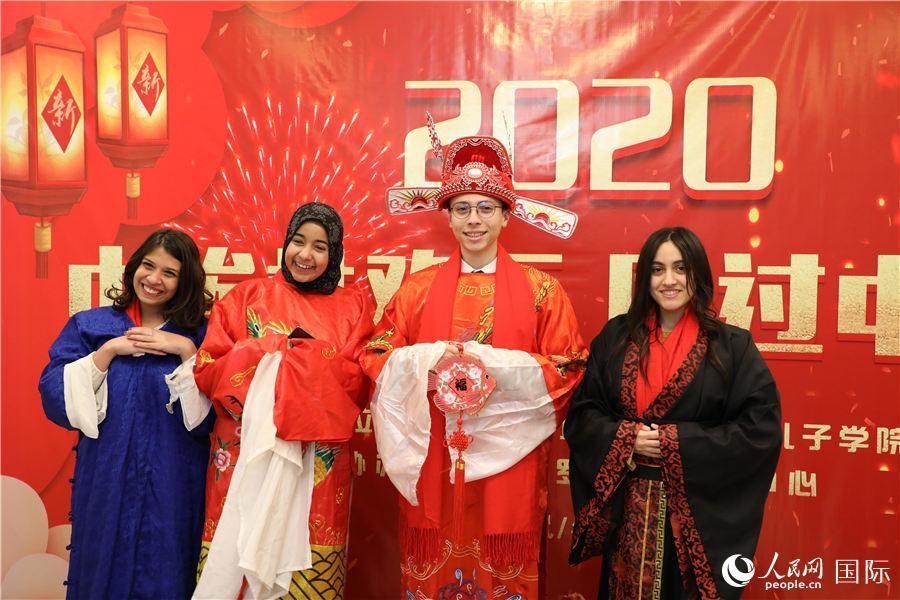 春节民俗文化体验活动在埃及举办