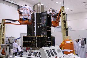 原定搭载猎鹰9号升空的 Amos-6 卫星