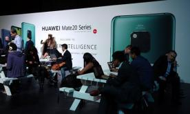 Huawei steps up in high-end smartphone segment