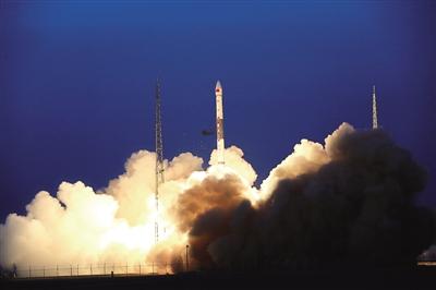 全球多媒体卫星系统 α阶段A、B卫星成功发射