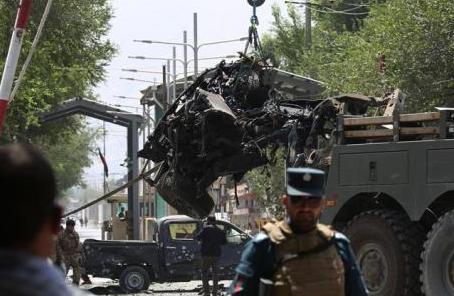 阿富汗首都炸弹袭击致10人受伤