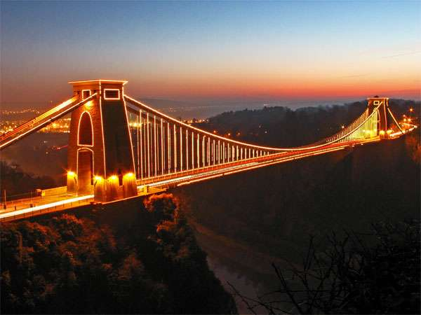 克里夫顿悬索桥