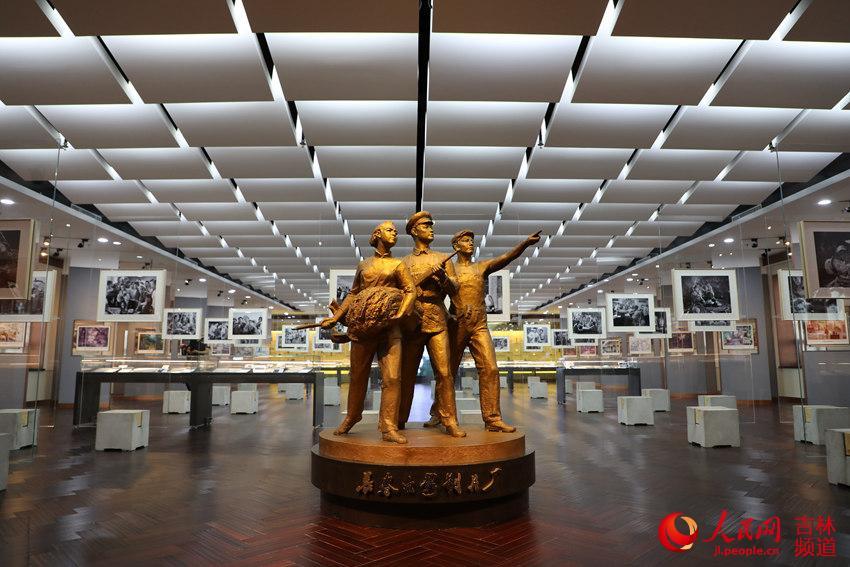 庆祝新中国成立70周年长影电影艺术主题展开幕