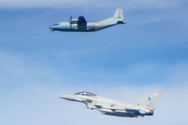 一天两次出动 英台风战机拦截俄军飞机
