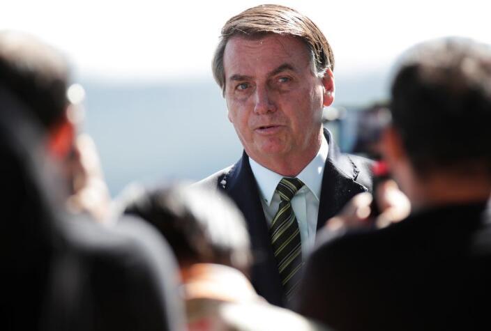 """巴西总统继续""""站""""经济:不能再实施更多隔离措施,就业正被摧毁!"""