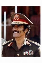 阿里·阿卜杜拉·萨利赫中将