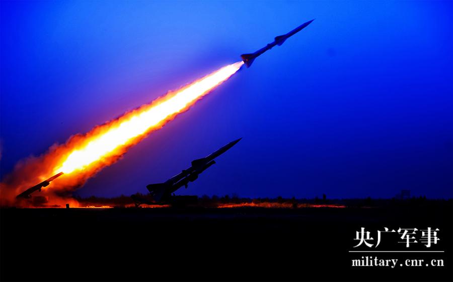"""今晚的绝美""""烟花"""",来自中国空军地空导弹兵"""