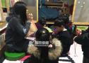 """杭州全职妈妈尝试""""拼团""""养娃 育儿经成了宝贵资源"""