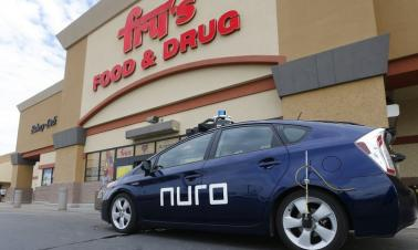 US supermarket begins tests of driverless grocery delivery