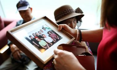 Separated ROK residents head to DPRK for family reunions