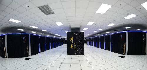 """资料图片:2016年6月20日拍摄的""""神威太湖之光""""超级计算机。新华社记者李响摄"""